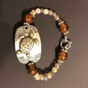 Jewelry - Handmade glass beaded jewelry